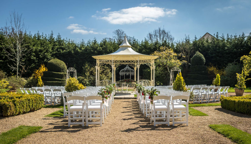 Summer Weddings at Manor By The Lake Manor by the lake italian pavilion ceremony 6