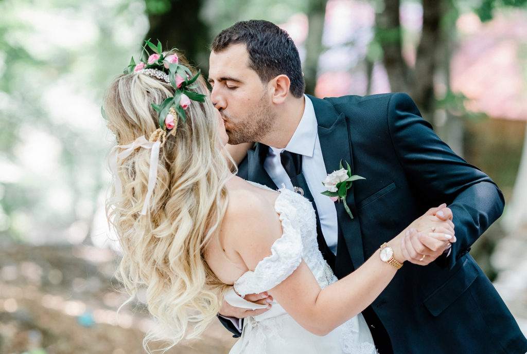 Spring Weddings at Manor By The Lake Flower crown 6